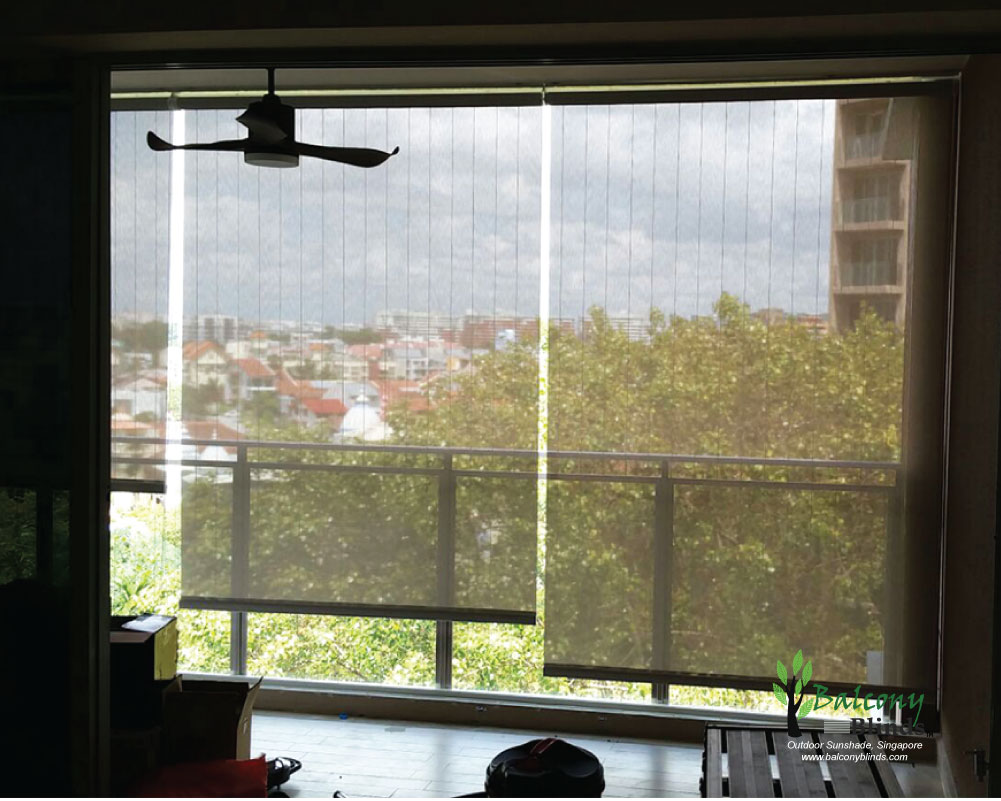 Outdoor roller blinds gallery balconyblinds for Balcony window